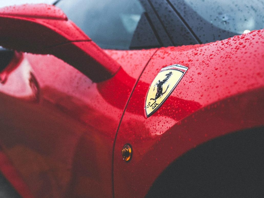 Esterno Ferrari
