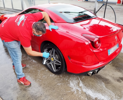 Procedura trattamento carrozzeria Ferrari California